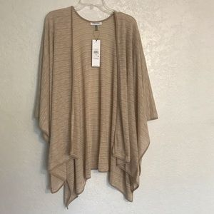 NWT one size shawl light weight wrap
